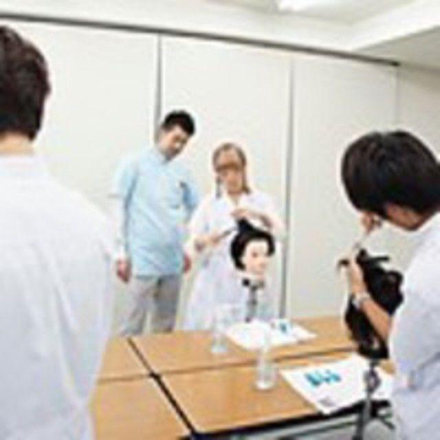 東京マックス美容専門学校 カット実習体験3