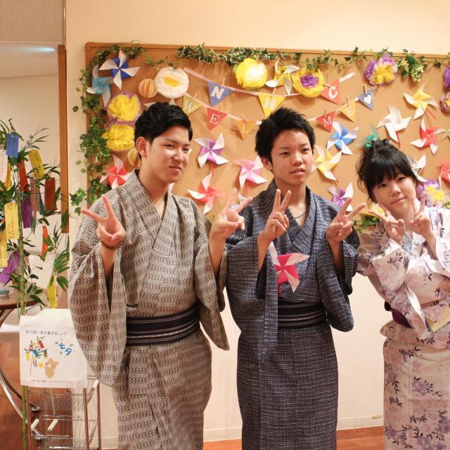 理容美容専門学校西日本ヘアメイクカレッジ 淀川祭りに浴衣で出かけよう!!1