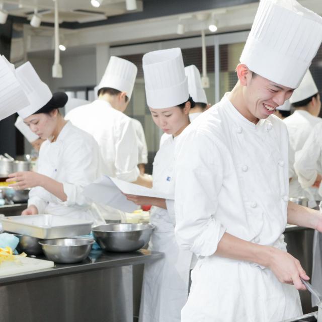 中川学園調理技術専門学校 ☆日本料理「きじ焼き丼・清し汁」☆【先着40名】3