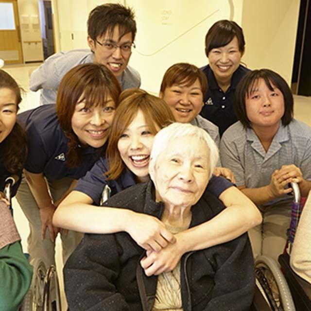 神戸医療福祉専門学校中央校 【介護福祉士】誰かの役に立ちたい方おススメ!福祉系相談会1