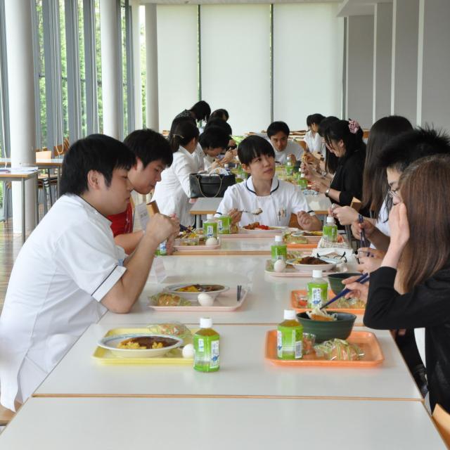 鶴見大学「歯学部一日体験入学」開催!