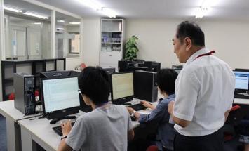 学校 専門 広島 コンピュータ