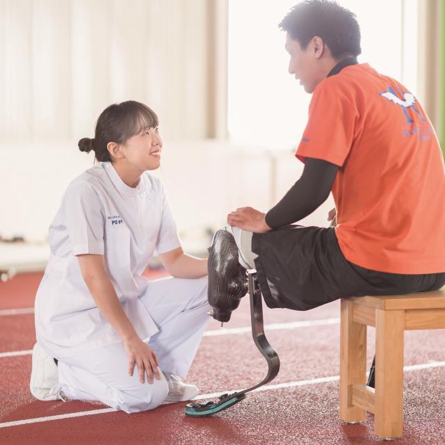 """北海道ハイテクノロジー専門学校 もの作りを目指すなら医療国家資格""""義肢装具士""""!義足を作る!3"""