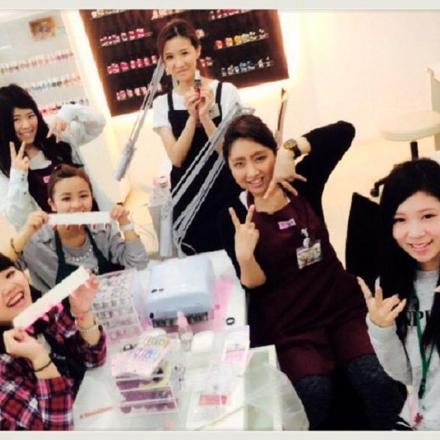 横浜ビューティー&ブライダル専門学校 【ネイル】可愛いネイルができる!☆高校2年生も歓迎♪2