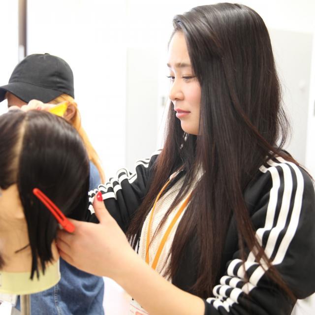 熊本ベルェベル美容専門学校 実際に美容に関する技術に触れて体験しよう!2