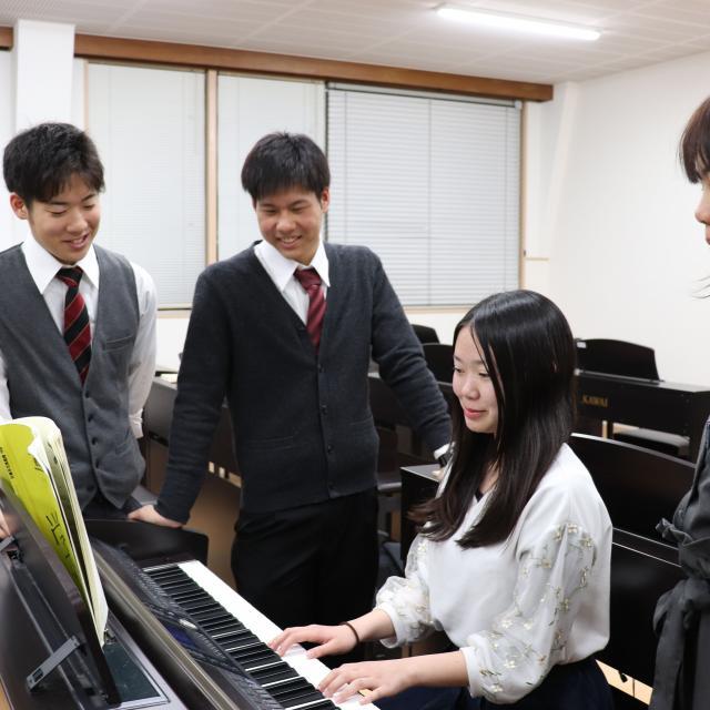 大阪教育福祉専門学校 夜のオープンキャンパス2