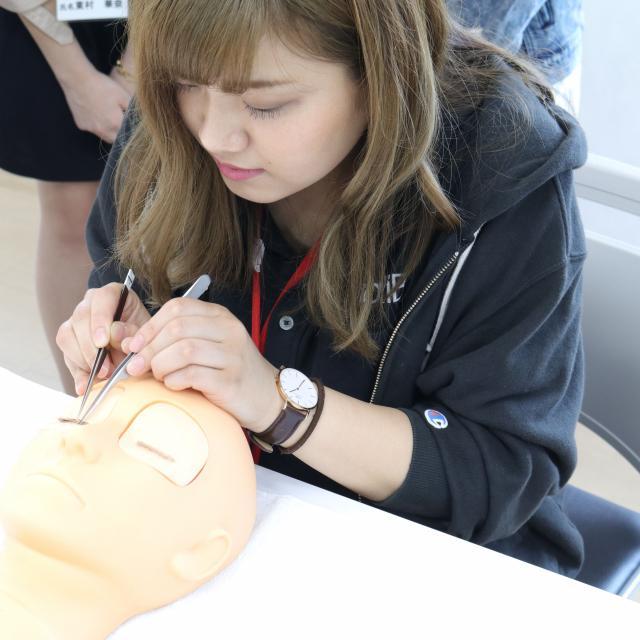 名古屋理容美容専門学校 学生主催ヘアショー2