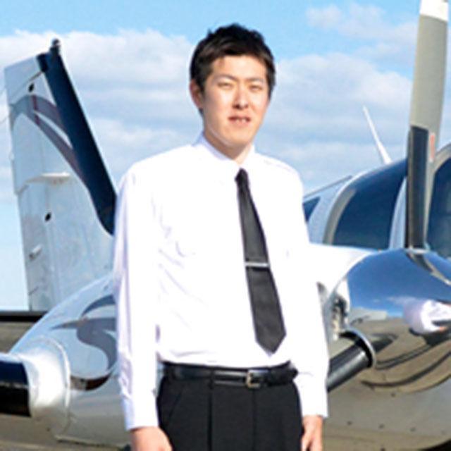 大阪航空専門学校 ★パイロットを目指そう★ 神戸エアセンターで訓練実機見学!4