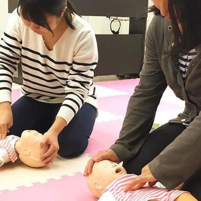 日本デザイン福祉専門学校 7/29(日)楽しく学ぶ救命講座1