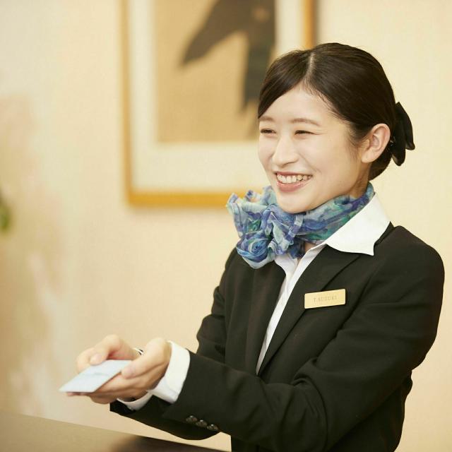 """名古屋外語・ホテル・ブライダル専門学校 """"オンラインで体感""""素敵なホテリエを目指す国際ホテルコース!2"""