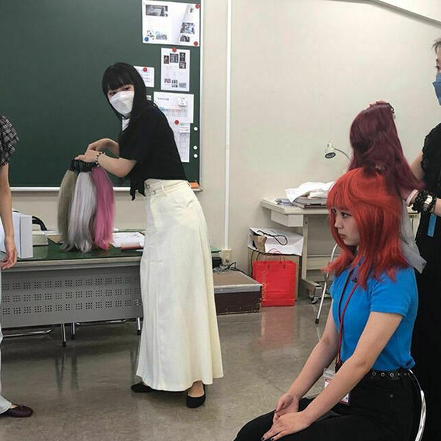 専門学校 武蔵野ファッションカレッジ プロのスタイリストから学ぶ「パーソナルカラー」1