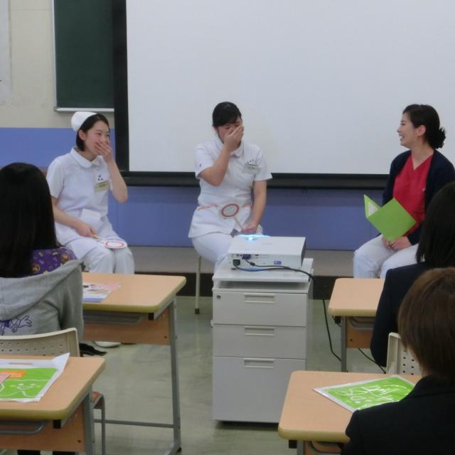 熊本歯科技術専門学校 「歯科衛生士」のお仕事を体験!4