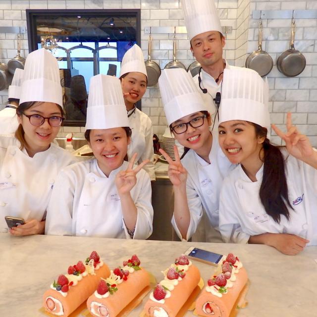 大阪調理製菓専門学校 ブドウのタルト体験コース2