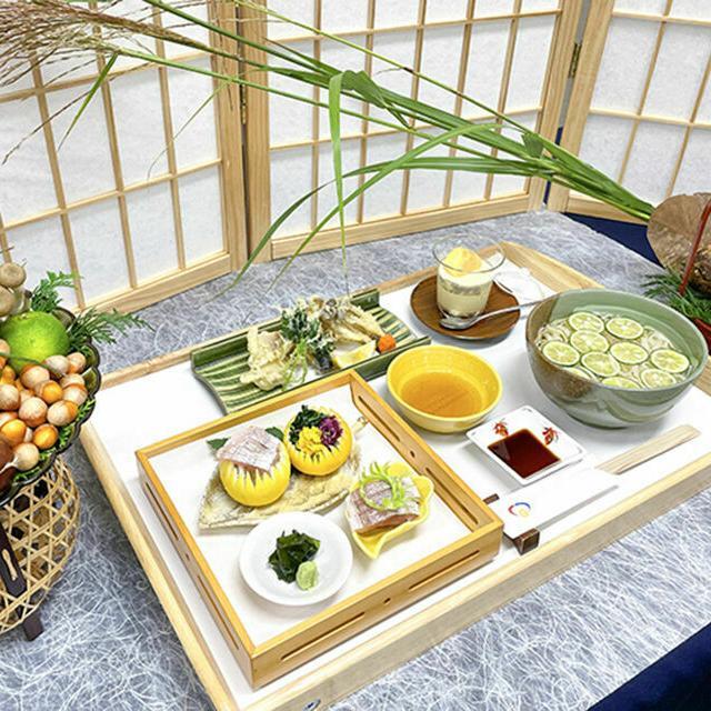 武蔵野調理師専門学校 【日本料理】小鯛を三枚におろしてみよう3