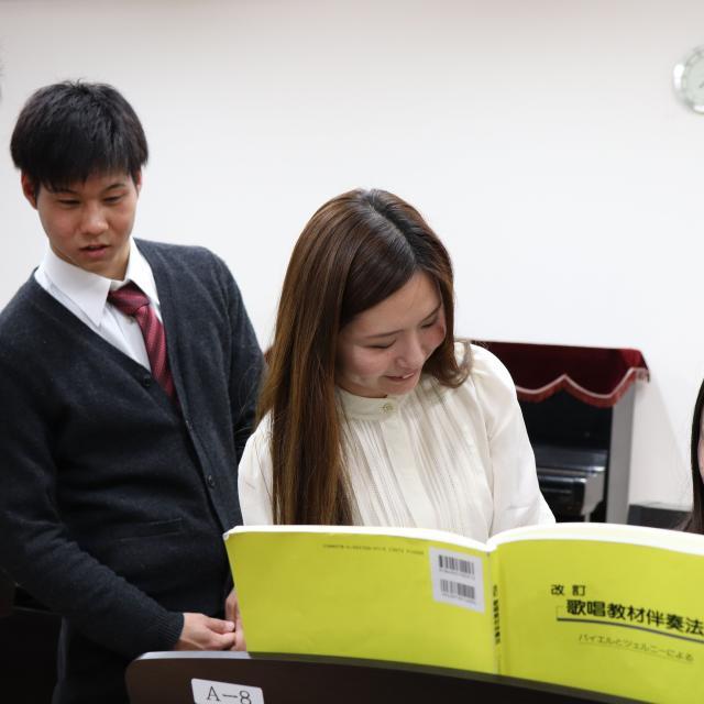 大阪教育福祉専門学校 夜のオープンキャンパス1