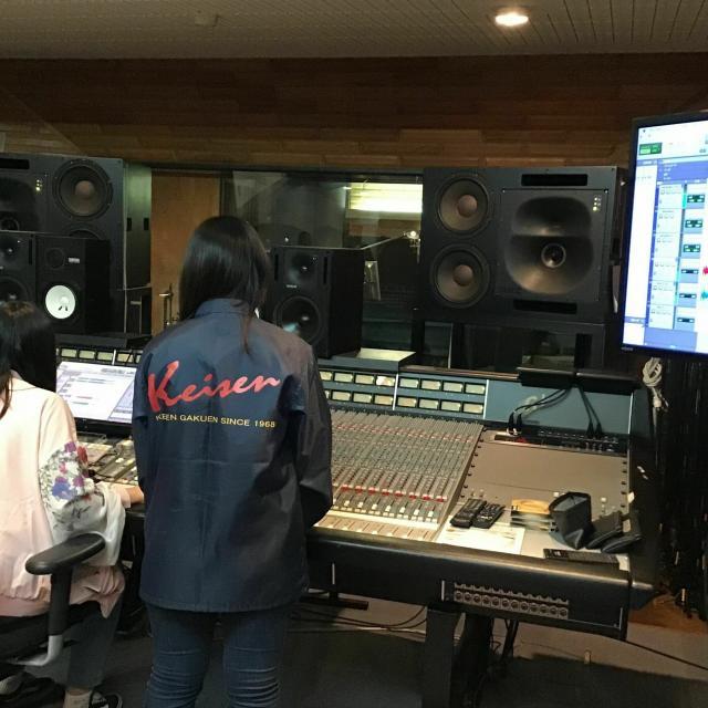 経専音楽放送芸術専門学校 スタジオレコーディングとDTM(作曲)のW体験3