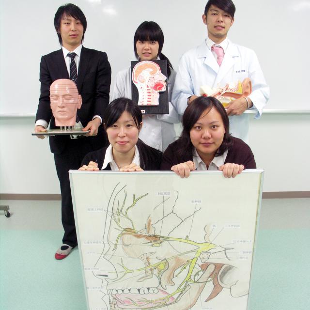 西武学園医学技術専門学校 東京池袋校 オープンキャンパス(言語聴覚学科)チーム医療の中のSTの役割4