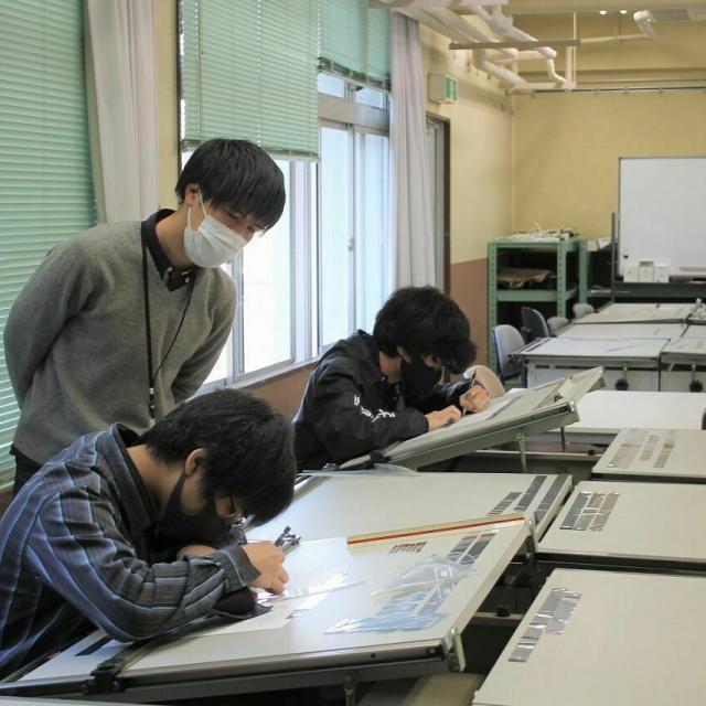 浅野工学専門学校 【ものづくりを体験する】模擬授業を受けてみよう!4