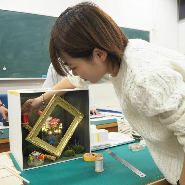 山脇美術専門学校 ディスプレイデザイン♪7名以下で実施。交通費補助あり1