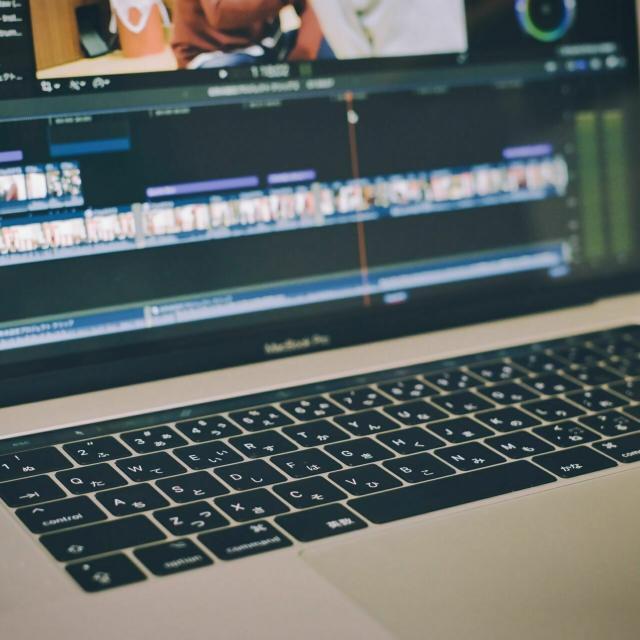 YIC情報ビジネス専門学校 【予約フォーム】動画にテロップを追加しよう(情報系)1