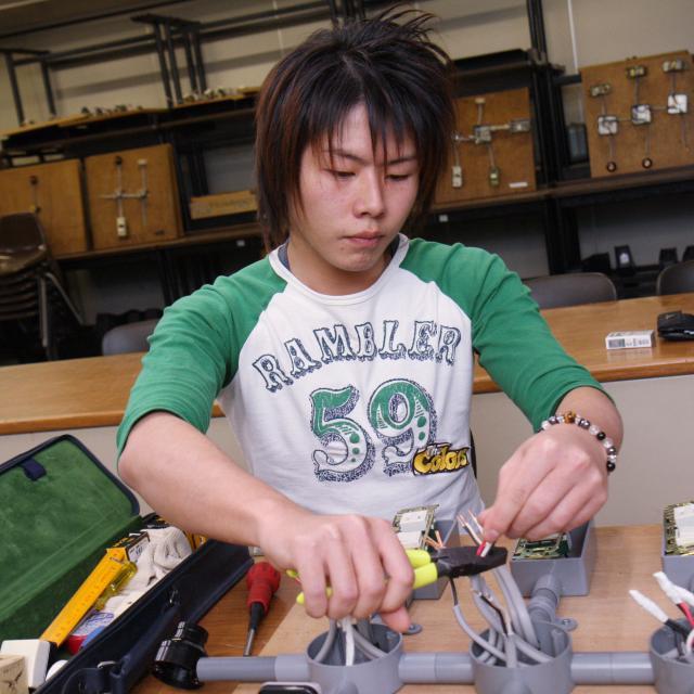 関西テレビ電気専門学校 業界の仕事を体験しよう♪2
