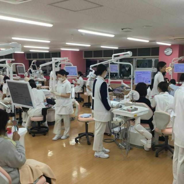 新東京歯科衛生士学校 夜間授業見学会1