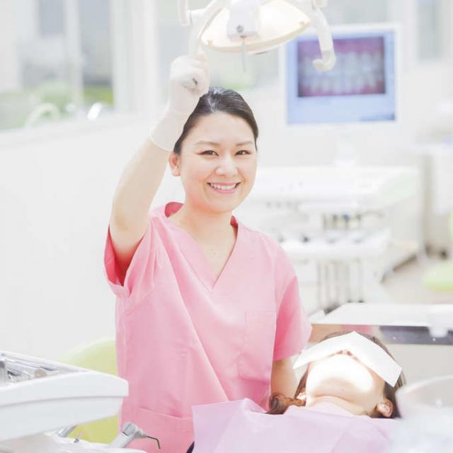 東京医薬専門学校 歯形の材料でいろんな型をとってみよう!歯科アシスタント体験★1