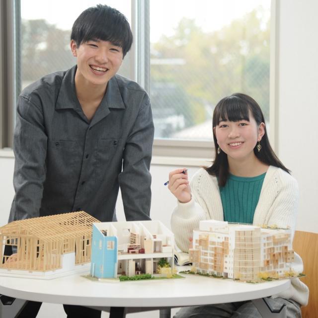 国際理工情報デザイン専門学校 【授業見学会】対象 : 建築設計科4