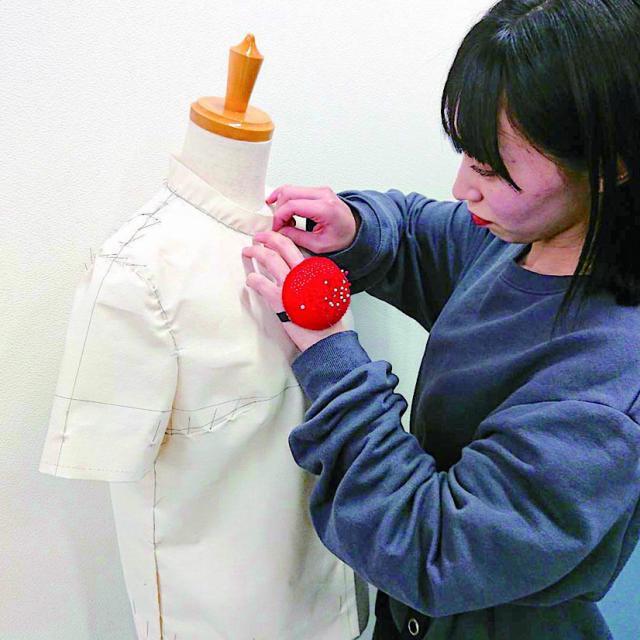 足利デザイン・ビューティ専門学校 ファッション科:ファッション業界の専門職!パタンナー体験1