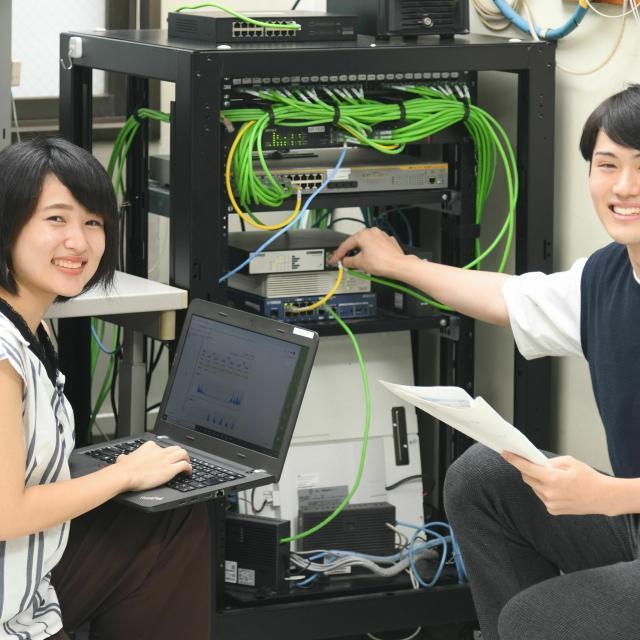 国際理工情報デザイン専門学校 【授業見学会】対象 : 情報ネットワーク科1