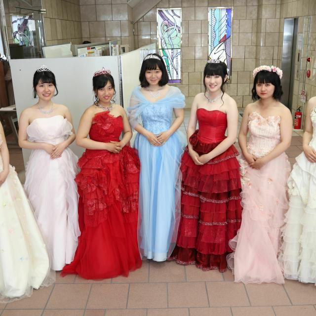 小井手ファッションビューティ専門学校 <ブライダル系>体験授業で好きなことを確かめよう♪※午前のみ2