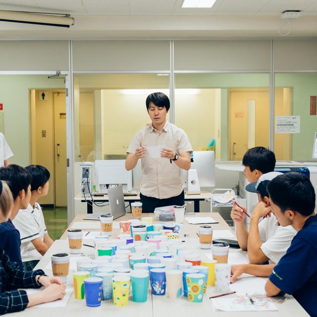 福岡デザイン専門学校 8月学校説明会&体験入学1