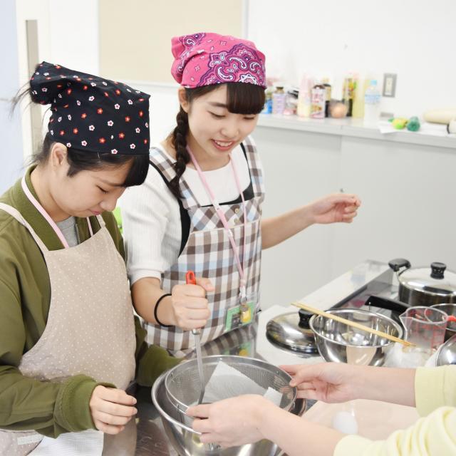 横浜保育福祉専門学校 体験入学 おいしい絵本シリーズ♪3