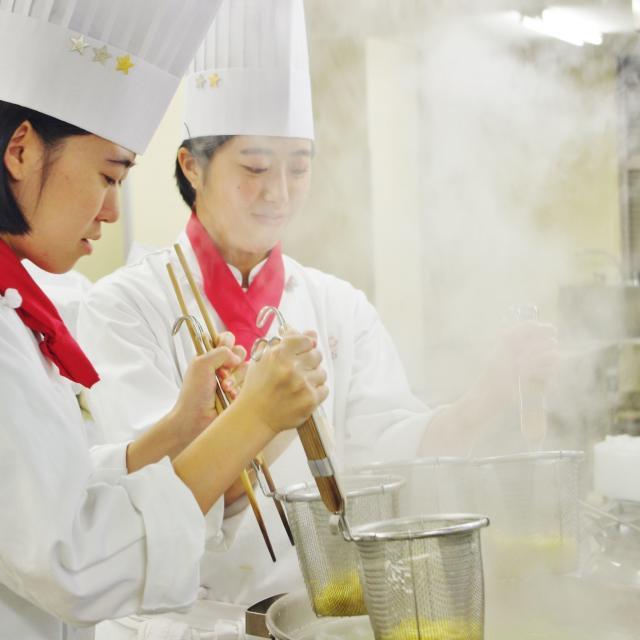 愛知調理専門学校 大好き!タンタン麺&絶品杏仁アイス2