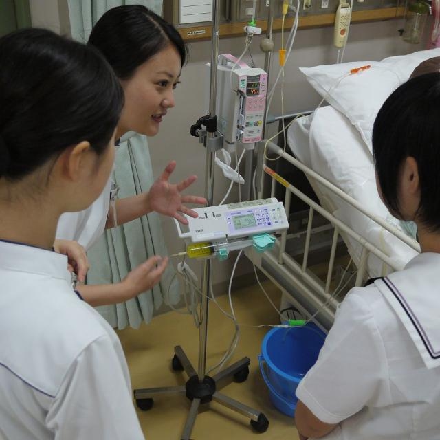 広島文化学園大学 看護学科★看護師をめざすあなたに★2