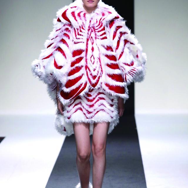 ドレスメーカー学院 【第57回 全国ファッションデザインコンテスト】3
