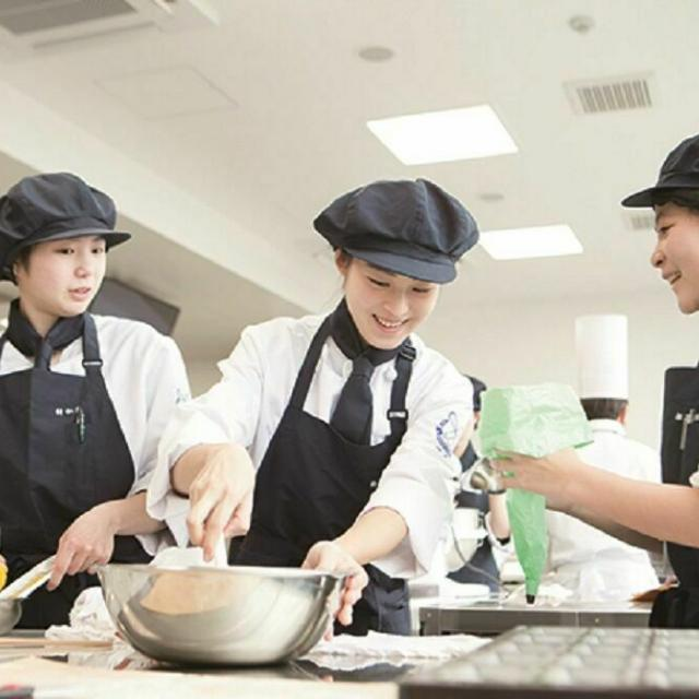 沼津情報・ビジネス専門学校 製菓・製パン科 オープンキャンパス1