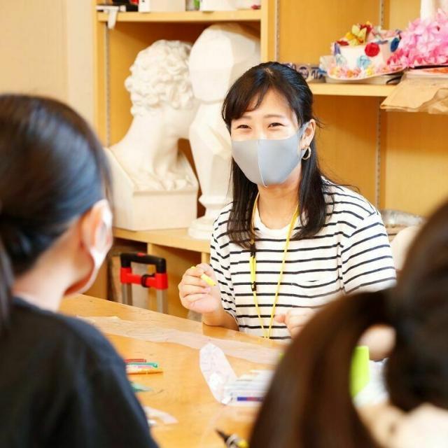 名古屋文化学園保育専門学校 体験授業「踊って遊ぼう♪」「こどもの視界ってどのくらい?」1