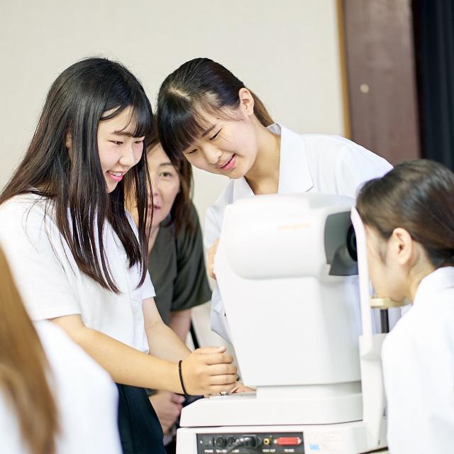浦和専門学校 春の視能科体験セミナー1