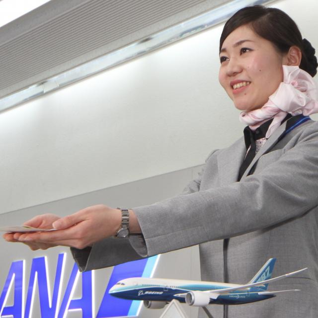 専門学校ビーマックス 現役グランドスタッフ来校! 航空業界の今をお伝えします☆彡2
