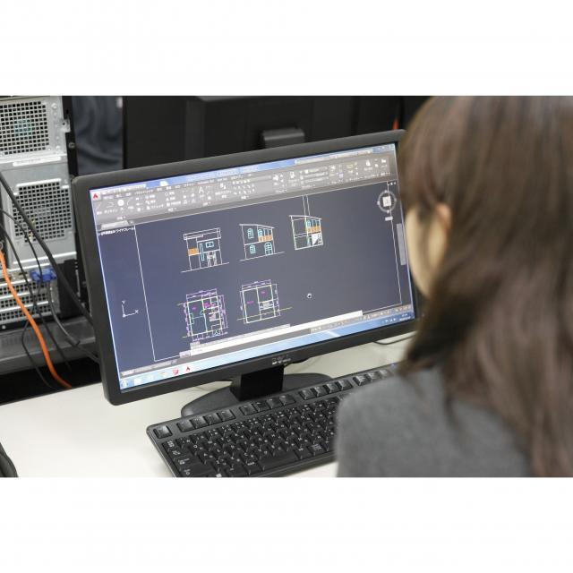 日本理工情報専門学校 体験イベント! 「建築デザイナー体験」 ~CGデザイン~2