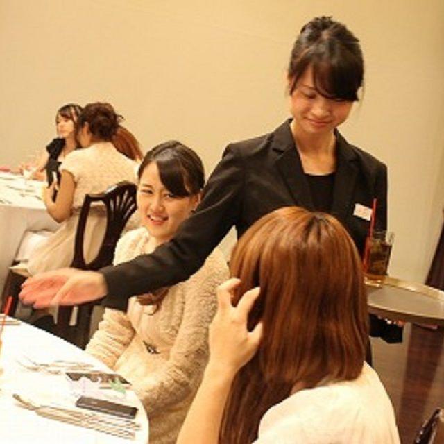 横浜ビューティー&ブライダル専門学校 【ブライダル】ウェディングドレスを着れる☆高校2年生も歓迎♪4