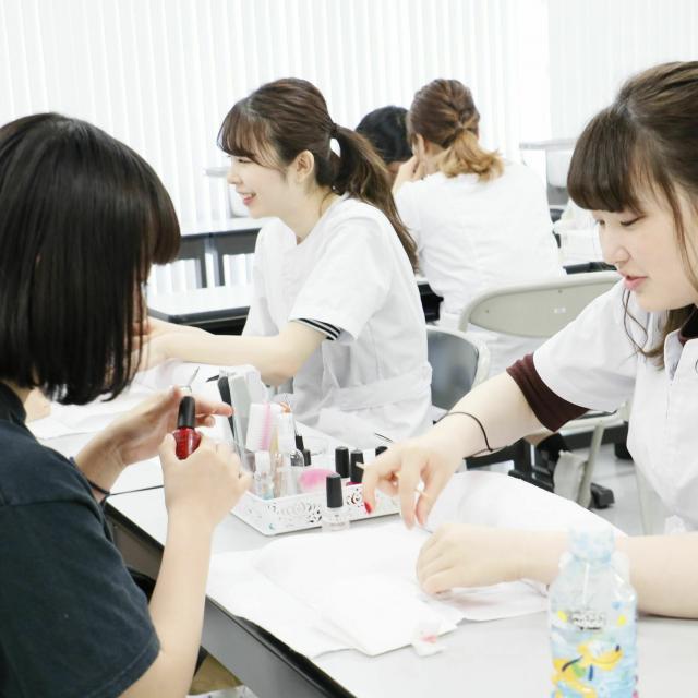 国際文化理容美容専門学校国分寺校 放課後体験入学会2