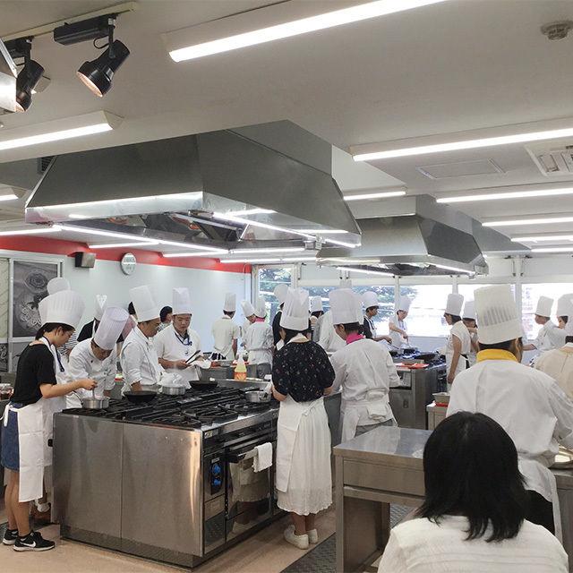 東京調理製菓専門学校 いいとこどりクレープパフェ3