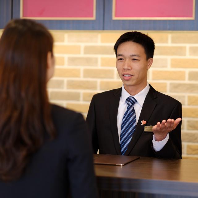 YICビジネスアート専門学校 6/22(土)【ホテルブライダル】日本の文化を英語で説明!1