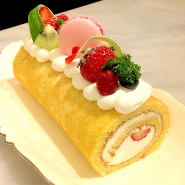 大阪調理製菓専門学校ecole UMEDA ビュッフェ開催 AO入試エントリー資格取得 白桃のロールケーキ1