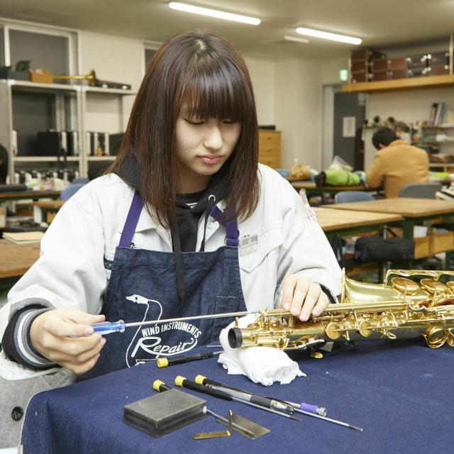 中部楽器技術専門学校 在学生と体験授業&学校説明【管楽器リペア科】2
