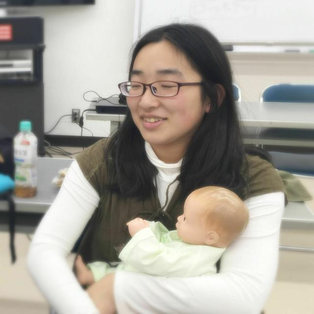 日本デザイン福祉専門学校 12/5(日)「赤ちゃんマネキンを使ったケア体験」保育こども1
