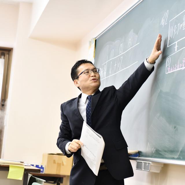 駿台法律経済&ビジネス専門学校 公務員になろうガイダンス1
