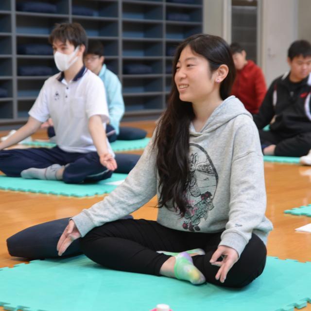 京都福祉専門学校 体験入学会 ~ 介護体験とヨガで心身を整える ~1